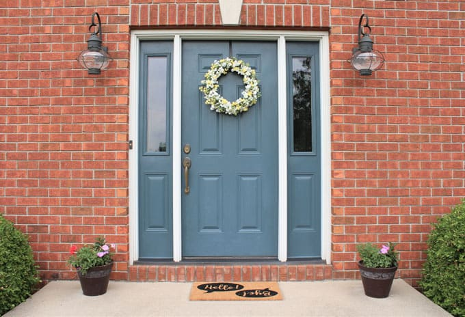 Easy DIY wreath for front door