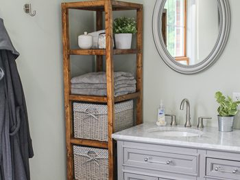 DIY Linen tower free woodworking plans