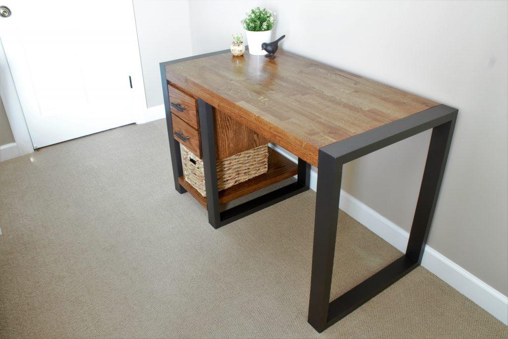 diy modern industrial desk handmade weekly rh handmadeweekly com diy industrial office desk diy industrial office desk