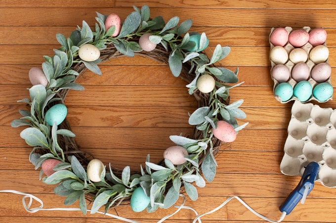 https://www.hobbylobby.com/Floral-Wedding/Bushes-Garlands/Garlands/Lambs-Ear-Garland/p/80859876