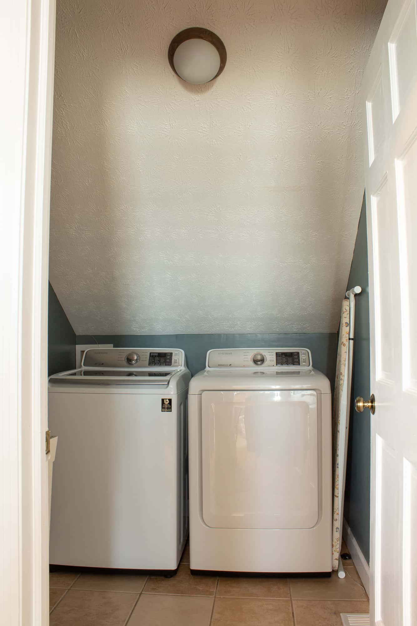 One Room Challenge Laundry Room Remodel
