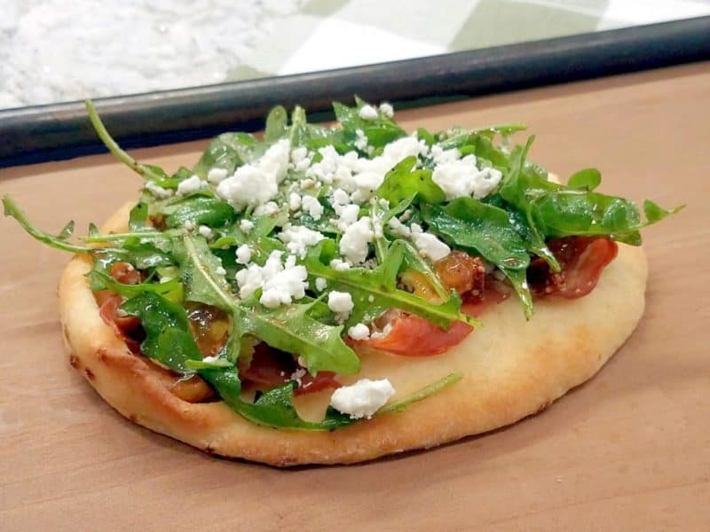 Fig and bacon flat bread
