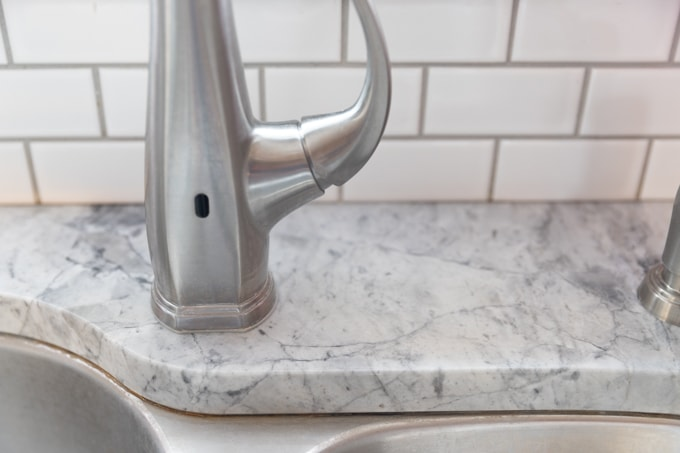 How to remove hard water stains from marble countertops