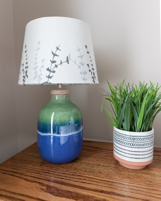How to turn a vase into a DIY lamp